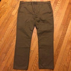 NWOT Levi's Khaki Trousers 40x30
